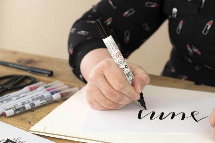 Leer hoe je zelf handlettering maakt met deze creatieve online cursus