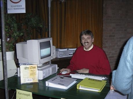 Afbeelding van Ruud rensink in 1997 als trainer van computerprogramma's