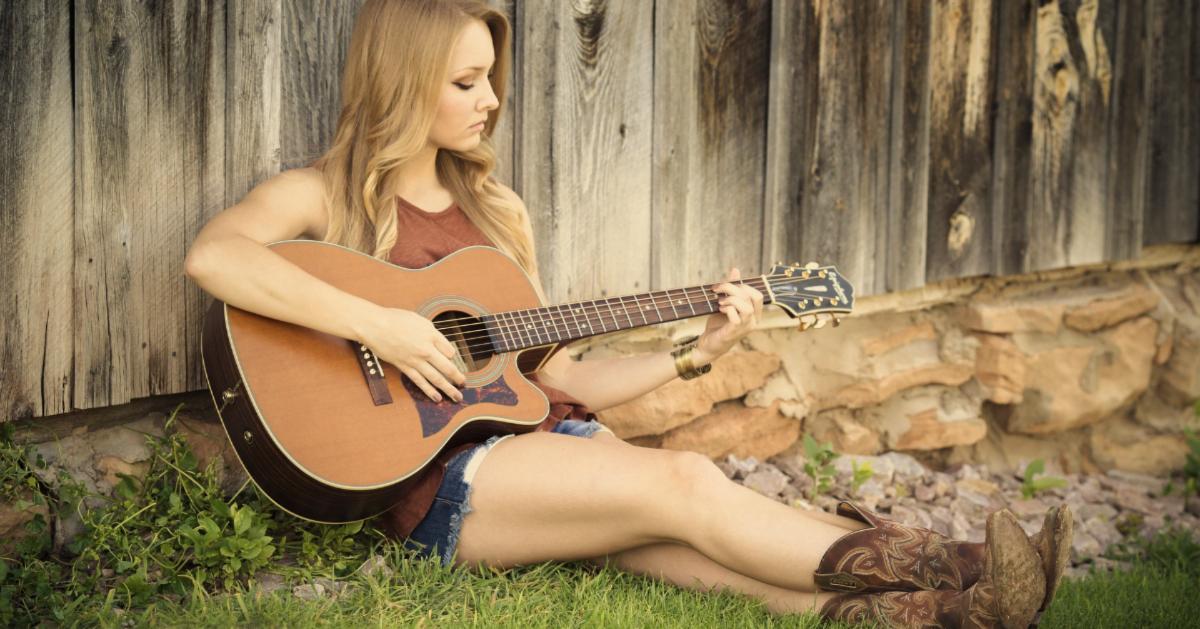 Leer de vijf beste manieren om gitaar te leren spelen kennen