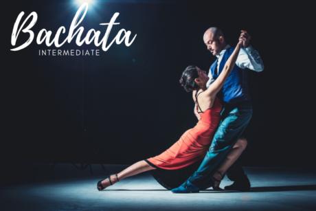 In deze online cursus leer je de bachata op intermediate niveau