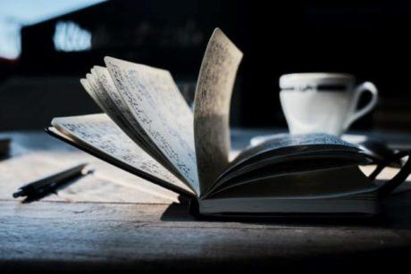 In deze online cursus leer je hoe je de structuur van je verhaal kunt opzetten