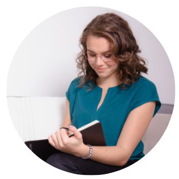 Manon Verijdt, instructeur van de online cursus Tiny House levensstijl op Soofos